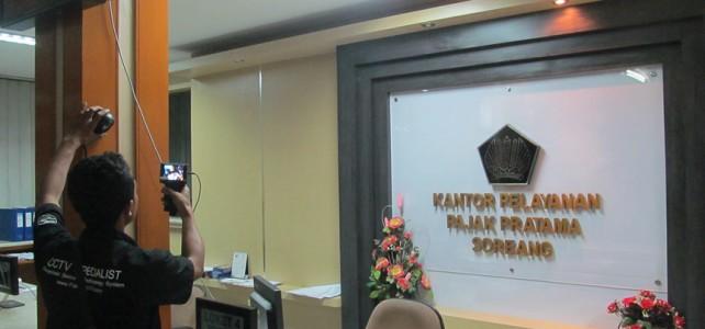 Pemasangan CCTV di Kantor Pajak Cimahi Bandung