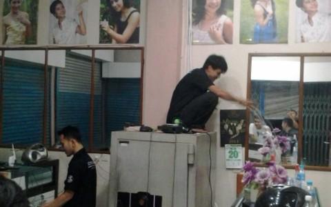 Pemasangan CCTV pada Toko Mas Pasar Dimensi Margacinta Bandung