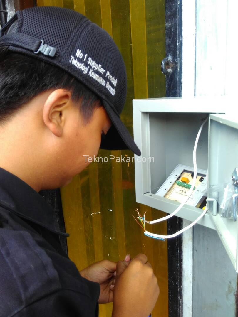 Pemasangan Acces Control Baso Cihampelas Suryani Dalam
