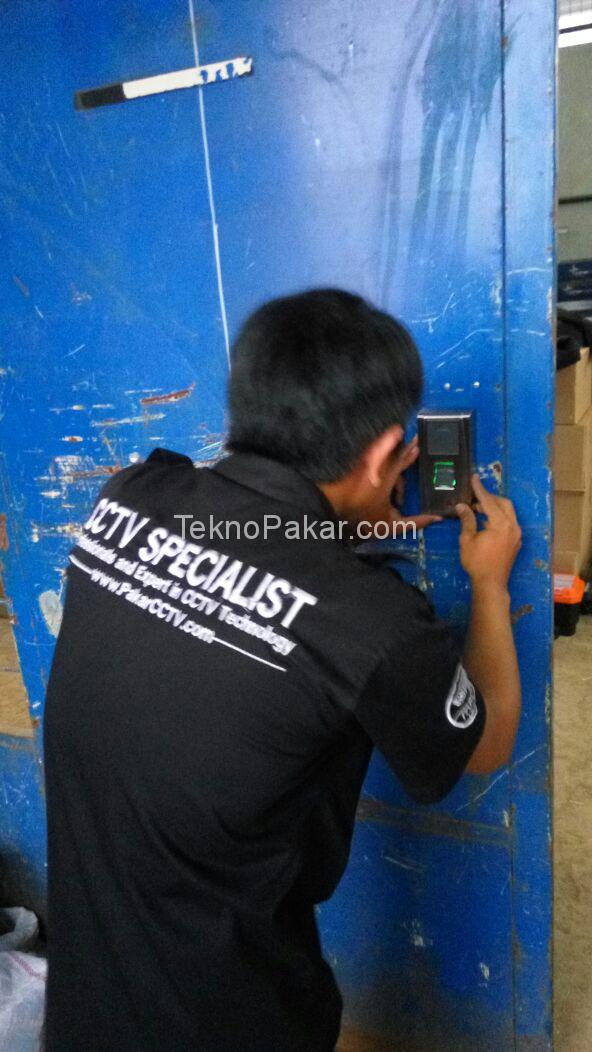 Pemasangan Access Control PT Telehouse 1 Pintu