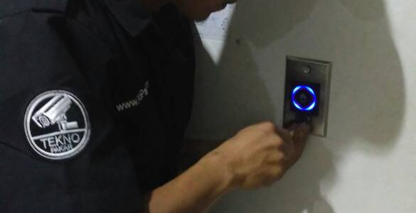 Pemasangan Access Control RS Hermina 1 Pintu