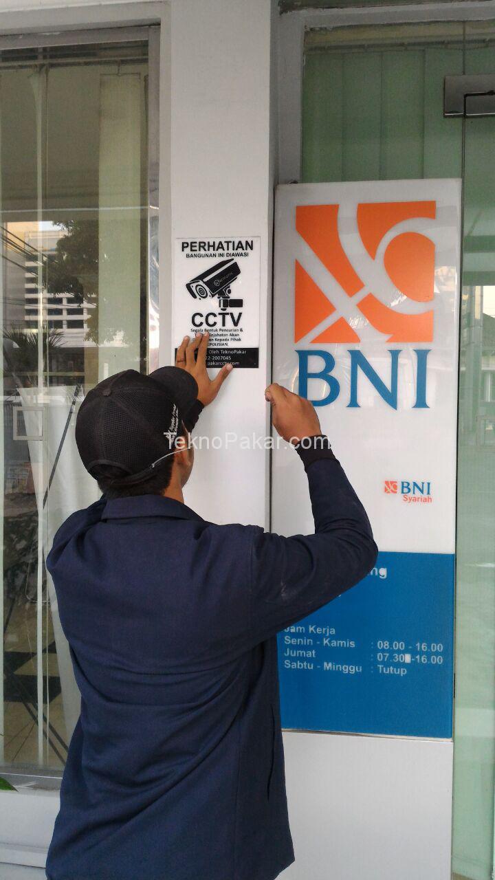 Pemasangan CCTV di Bank BNI Garut 20 CAM HDCVI 2.0MP